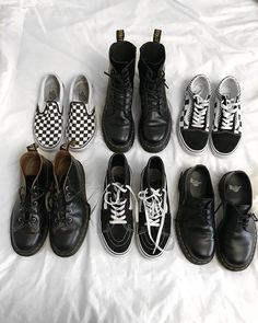 team vans or team dr martens? Soft Grunge, Grunge Style, Style Hipster, Grunge Outfits, Grunge Shoes, Emo Outfits, Nice Outfits, Fashion Art, Punk Fashion
