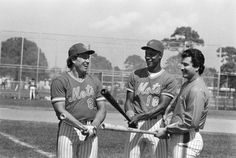 Gary Carter with Darryl Strawberry and Keith Hernandez during the New York Mets spring training camp in St. Petersburg, Fla., Feb. 25, 1985.