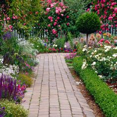 i would like the two beds in the front of the house next to the pavers like this- no stacking of separation