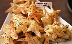 34 Ideas For Snacks Savory Christmas Christmas Dinner Menu, Christmas Lunch, Christmas Trees, Christmas Food Treats, Xmas Food, Christmas Cookies, Tapas, Savory Pastry, Snacks Für Party