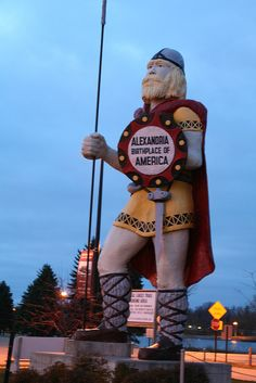 Big Ole, Largest Viking in the World. This statue stands 28 feet tall and weighs pounds. It accompanied the famed Kensington Runestone to the New York World's Fair in 1965 and was then brought to Alexandria, MN Clifton Park, Belly Dancing Classes, Minnesota Home, Roadside Attractions, Roadside Signs, Twin Cities, Vintage Signs, Minneapolis, Vikings