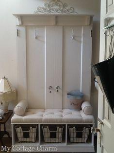 My Cottage Charm: Mudroom Coat rack Bench