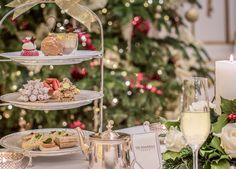 Remportez un tea-time d'exception au palace The Peninsula Paris Peninsula Paris, Peninsula Hotel, Christmas 2016, Christmas Time, Grolet, Afternoon Tea Parties, Clotted Cream, Sweet Pastries, Evening Meals