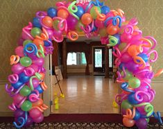 Balloon ARCH garland organic Arch Balloon Organic Spiral - Single - Name - Letters - Swirl Balloons Arch Balloon Centerpieces, Balloon Decorations Party, Birthday Party Decorations, Birthday Parties, Masquerade Centerpieces, Balloon Ideas, Neon Birthday, Birthday Balloons, Balloon Columns