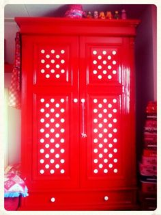 red w/ white polka dot cupboard