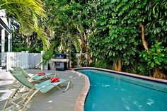 key west pool    									  								  								Kitchen & Dining  									      Catering Available : Ask for Catering Information       Refrigerator        Microwave        Cooking Utensils        Ice Maker        Kitchen    									  								  								Amenities  									      Air Conditioning        Linens Provided        Washing Machine        Clothes Dryer    									  								  								Other Amenities  									      Small on property parking, perfect for mopeds, bikes, electric or