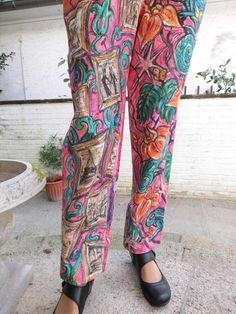 Handbemalte Leinen Hose Größe S-M. von aminamarei auf Etsy
