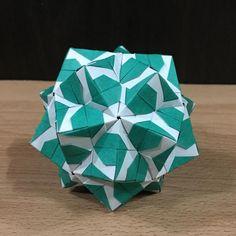 いいね!98件、コメント1件 ― OrigamiMathThailandさん(@narong_pbru)のInstagramアカウント: 「Sonobe variation my designed #origami #origamiart #origamiunit #origamiball #origamimodular…」