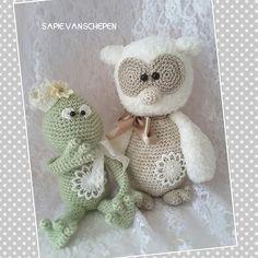 Kikkerprins Max en uil Anna gehaakt door Sapie van Schepen #haken #haakpatroon #gehaakt #amigurumi #knuffel #gehaakt #crochet #häkeln #cutedutch