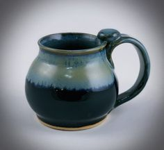 Big Cup Of Coffee, Coffee Cups, Slab Pottery, Ceramic Pottery, Ceramic Bowls, Ceramic Art, Sculpture Clay, Ceramic Sculptures, Love Bears All Things