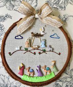 Christmas Nativity, Felt Christmas, Christmas Crafts, Xmas, Christmas Ornaments, Christmas Gifts To Make, All Holidays, Shell Art, Hand Embroidery Designs