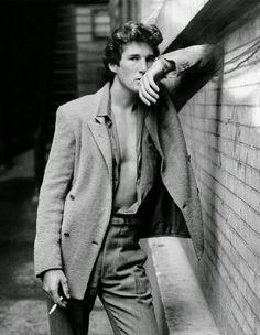 80s Gere lean.