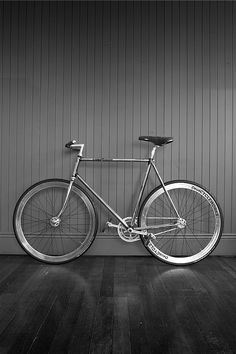 Re-chromed Guerciotti frame and fork with painted lugs by Deus'