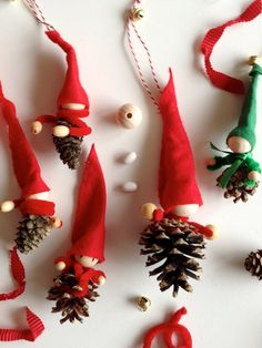 schaeresteipapier: Christmas - Have fun crafting and baking Fun Crafts, Christmas Crafts, Crafts For Kids, Christmas Ornaments, Christmas Love, Pine Cones, Valentines Day, Holiday Decor, Birthday