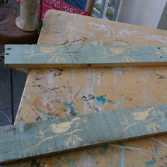 Making cute wall decor items on reclaimed wood. Painted with L'essentiel Botanics paint colors Grey Goose and Mustard.
