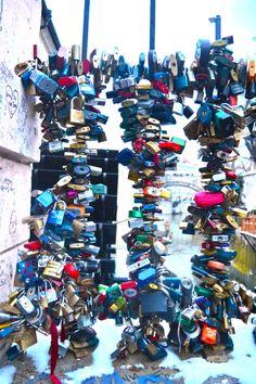 Love lock bridge, Prague