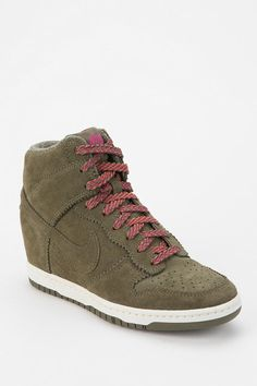 brand new f219c 4de7e Nike Tonal Dunk High-Top Wedge-Sneaker