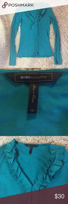 BCBG Maxazria ruffled neck top XS BCBG ruffled neck top. Cute detailing! BCBGMaxAzria Tops