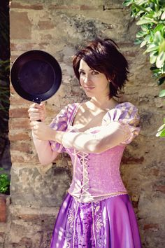 Rapunzel Tangled Cosplay by GiuliaZelda on DeviantArt Disney Cosplay Costumes, Disney Princess Cosplay, Rapunzel Costume, Hallowen Costume, Princess Costumes, Halloween Cosplay, Halloween Outfits, Princess Rapunzel, Holiday Costumes