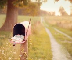 someday i'll own a pink mailbox. and i'll live in the country. at the end of a dirt road. with my kids running barefoot in the grass while we enjoy the sun kissing our skin. this is the life. Country Girls, Country Living, Country Roads, Pocket Letter, Eleonore Bridge, Sunday Inspiration, Sketchbook Inspiration, Spiritual Inspiration, Story Inspiration