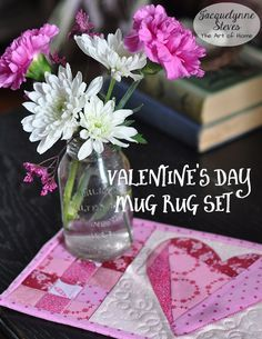 Valentines Day Mug Rug Tutorial | JacquelynneSteves.com #heart #applique #quilt