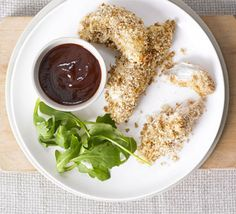 Weetabix: Real chicken nuggets with smoky BBQ sauce Creamy Chicken Stew, Crispy Chicken, Bbc Good Food Recipes, Cooking Recipes, Yummy Food, Meal Recipes, Healthy Recipes, Smokey Bbq Sauce Recipe, Weetabix Recipes