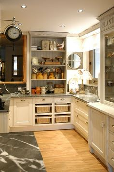 Cuisini re thermo emmanuelle piano de cuisson chauffage central bois les plus beaux pianos for Les plus beaux ilots de cuisine versailles