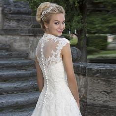 Tulle A-Line Sweetheart Cap Sleeves Appliques Wedding Dress