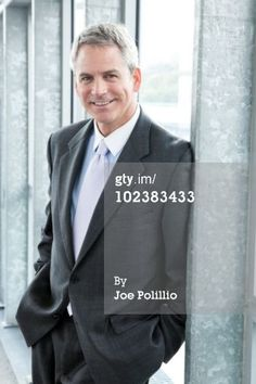 It can be difficult for a business portrait of a man to balance confidence and approachability