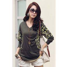 USD6.49Fashion V Neck Half Sleeve Letter Army Green T-shirt