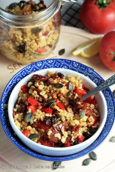Tzatziki, Quinoa, Chili, Cereal, Oatmeal, Lunch Box, Food And Drink, Soup, Healthy Recipes