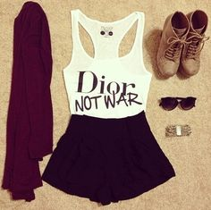 Dior not War- outfit Hipster Fashion, Look Fashion, Teen Fashion, Fashion Outfits, Womens Fashion, Fashion Trends, Hipster Women, Fashion Wear, Skirt Fashion