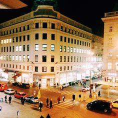 Good Public Transport, Vienna, Four Square, Transportation, Street View, Architecture, City, Beautiful, Arquitetura