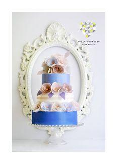 Pretty wafer paper flowers by Hello Sunshine Cake Studio