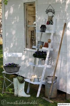 Backyard Storage Sheds, Shed Storage, Garden Ornaments, Bed And Breakfast, Garden Landscaping, Outdoor Gardens, Ladder Decor, Patio, Plants
