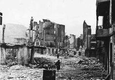 Gernika tras el bombardeo efectuado por la Legión Cóndor alemana. 26 de Abril de 1937.
