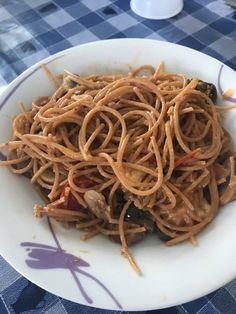 Spaghetti vulcano Bimby3.3 (65%) 8 votes Spaghetti vulcano Bimby, un primo piatto a base di tonno, mozzarella e pomodorini! Foto e ricetta di Ely S. Stampa Spaghetti vulcano Bimby Ingredienti Ingredienti x2: 150g spaghetti integrali 5/6 pomodorini tagliati in 2 1 scatoletta piccola di tonno 30g funghi champignon 8 olive verdi e nere snocciolate 10g... Continua a leggere