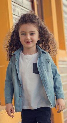 Cute Little Baby Girl, Cute Kids Pics, Cute Baby Girl Pictures, Cute Boys Images, Cute Girls, Cute Asian Babies, Cute Babies, Cute Baby Wallpaper, Baby Faces