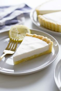 a soft sugar cookie crust topped with a creamy sweet-tart lemon buttermilk filling. Simple, decadent, delicious and gluten free, too!