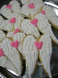 Angel wings cookies for the pre-release party of The Fall of Lilith. Fancy Cookies, Cute Cookies, Cupcake Cookies, Sugar Cookies, Cupcakes, Cookie Favors, Flower Cookies, Sweet 16 Parties, Pink Parties