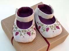 Embroidered Linen Baby shoes - Eco friendly. Custom size.. $52.00, via Etsy.