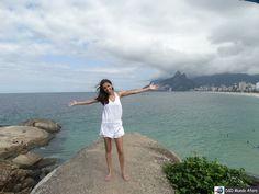 A Pedra do Arpoador tem uma das vistas mais lindas do Rio de Janeiro.  http://ift.tt/1jTDlE5  #mundoafora #dedmundoafora #mundo  #travel #viagem #tour #tur #trip #travelblogger #travelblog #braziliantravelblog #blogdeviagem #rbbviagem #tripadvisor #instatravel #instagood  #blogueirorbbv  #blogueirosdeviagem #mtur #vivadeperto #riodejaneiro #praia #solardocosme  #confeitariacolombo #ap #voegol #jornaloglobo #arpoador  @solar.cosme  @ministeriodoturismo