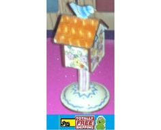 4 inches tall birdhouse rare find $15.50