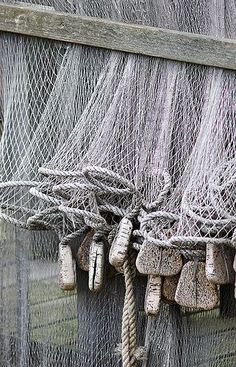 Fishing Net - Nets are used by District 4 for fishing, but also by Finnick Odair in the Arena during the Hunger Games. Sea Captain, Am Meer, Beach Cottages, Shades Of Grey, Fifty Shades, Belle Photo, Coastal, Gray Color, Old Things
