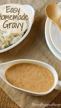 Low Unwanted Fat Cooking For Weightloss Easy Homemade Gravy Dizzybusyandhungry - Easy, Delicious, And No Meat Drippings Required Molho Gravy, Best Gravy Recipe, Pork Gravy Recipe, Brown Gravy Recipe Easy, Flour Gravy Recipe, Delicious Gravy Recipe, Easy Homemade Gravy, Gastronomia, Vegetarian