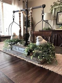 33 Smart Design Rustic Farmhouse Living Decor Ideas for Your Home allhous.c Farmhouse Dining Room allhousc decor design Farmhouse home Ideas living rustic Smart Tray Decor, Decoration Table, Dining Room Centerpiece, Table Centerpieces For Home, Farm Table Decor, Sofa Table Decor, Farmhouse Table Decor, Vintage Farmhouse Decor, Centerpiece Ideas