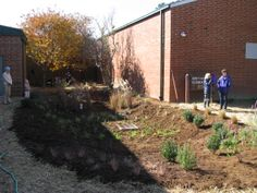 Northwoods Elementary School in Cary, NC rocks a rain garden