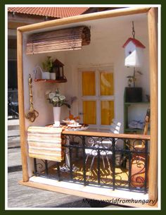 Finally selected a new object for the next skrapminiliftinga - very cute and cozy Mediterranean balcony from Bözse from Hungary do again on the basis of finished boxes (when they've already run out of me). Ready to side walls, ceiling and back wall with a fake glass door