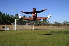 Simple Exercises to Dramatically Improve Your Cheerleading Jumps- for my cheerleaders Cheer Tryouts, Football Cheer, Cheer Coaches, Cheer Stunts, Cheer Dance, All Star Cheer, Cheer Mom, Good Cheer, Youth Cheer