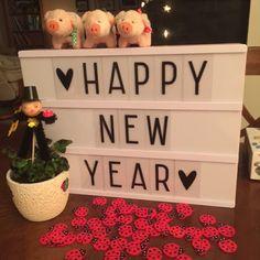 Happy new year und ein weiterer Wochenrückblick:https://irajade.blogspot.de/2017/01/weekly-me-1-was-war-los-bei-ijb.html